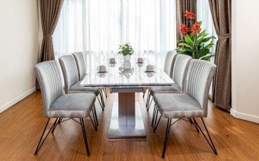 bàn ăn mở rộng thông minh